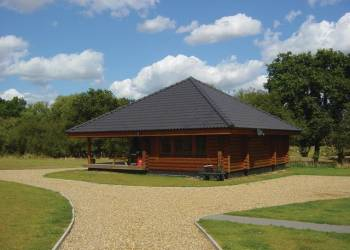 Have a great lodge holiday at Langmere Lakes Lodges