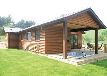 Lower Fishpools Lodges, Knighton