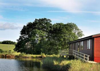 Explore the countryside at Orchard Lakes Lodges