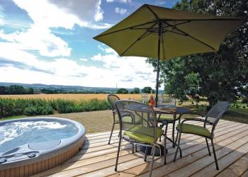 Saxon Maybank Lodges, Sherborne