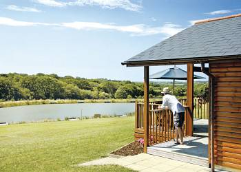 Enjoy a leisurely break at Wooda Lakes