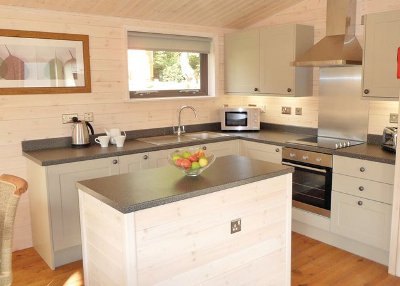 The kitchen in a lodge at Marwell Lodges