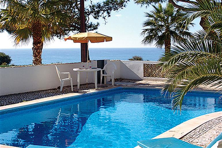Swimming pool at Villa Torres, Vale do Lobo in Algarve